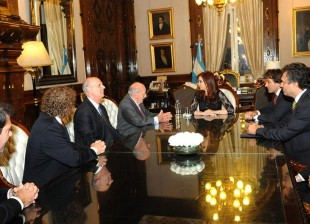 Cristina recibió a las nuevas autoridades de la Bolsa de Comercio