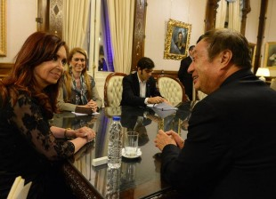 Cristina con directivos de Huawei Group