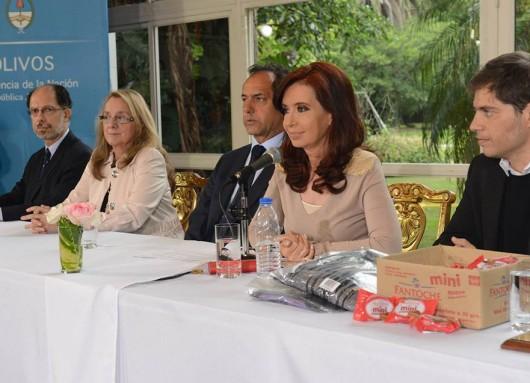 Cristina en Olivos: Créditos para pymes y parques industriales.