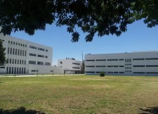 Se inauguran el edificio administrativo y el edificio académico de la Facultad de Humanidades de la Universidad Nacional de La Plata. Inversión: $48,3 millones