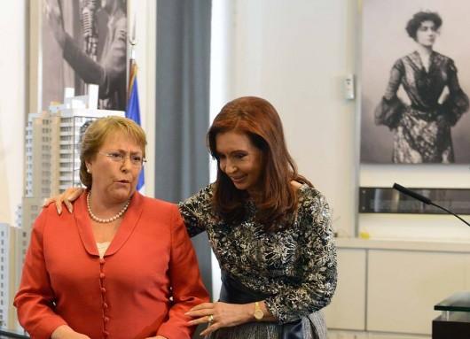 Encuentro bilateral con la Presidenta de Chile, Michelle Bachelet.