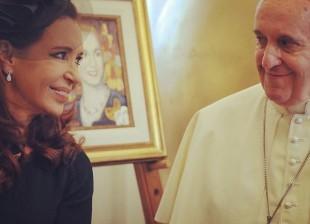 Cristina y el papa Francisco almuerzan en la residencia de Santa Marta en el Vaticano.