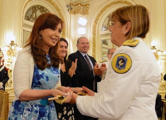 Cristina presidió la ceremonia de ascensos de oficiales de las Fuerzas de Seguridad.