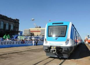 Hoy presentamos los nuevos coches 0 km para el Tren Roca con Florencio Randazzo #trenesargentinos